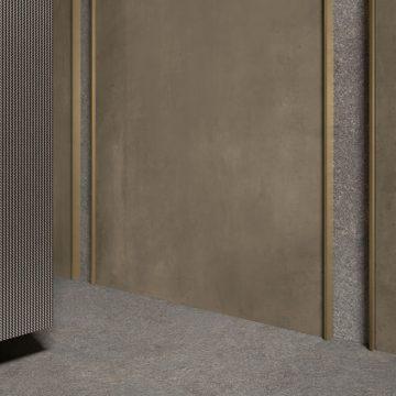 decorazione-parete-metallo-ottone
