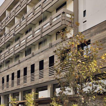 facciata-ventilata-gres-effetto-legno