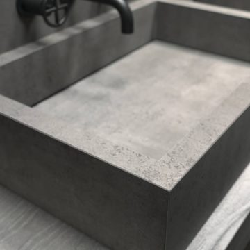 porcelain stoneware sink