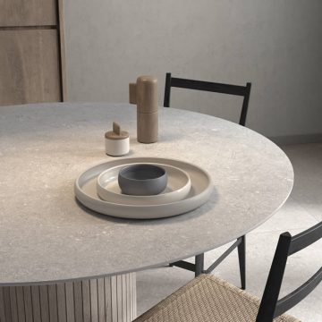 tavolo-tondo-gres-porcellanato